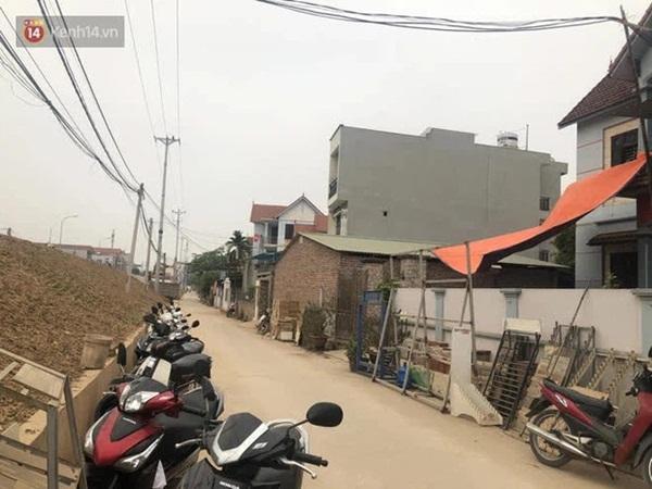 Vụ nam sinh lớp 8 bị bạn học đâm tử vong ở Hà Nội: Mẹ khóc ngất khi biết tin, ông nội về nhà lấy hết tiền cứu cháu nhưng không kịp-1