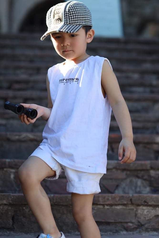 Con trai 4 tuổi của Đan Trường: Check-in sang chảnh đi Hawaii, điển trai lại còn dùng toàn đồ hiệu nhìn mà ngưỡng mộ-6