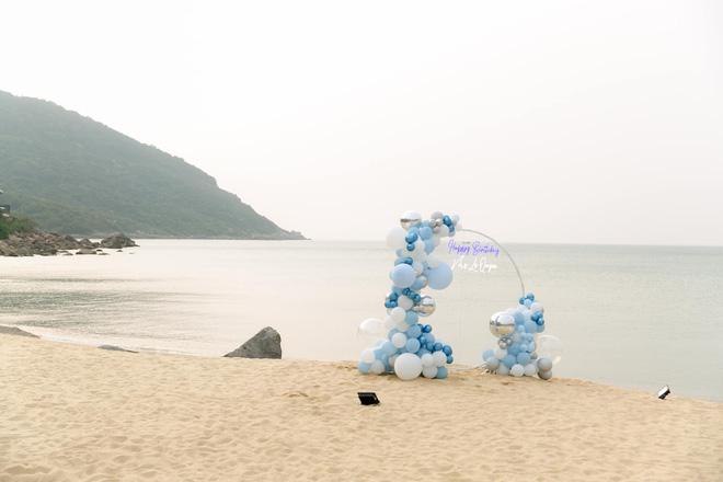 Lệ Quyên đón sinh nhật lãng mạn như lễ cưới, vỡ oà nhắn nhủ lời đặc biệt đến bạn trai kém 12 tuổi Lâm Bảo Châu-6