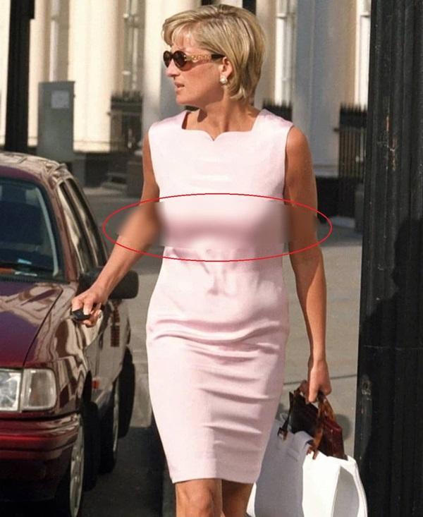 4 lần Công nương Diana diện đồ táo bạo: Chiếc váy o ép vòng 1 cũng không sexy bằng lần phá luật Hoàng gia-1