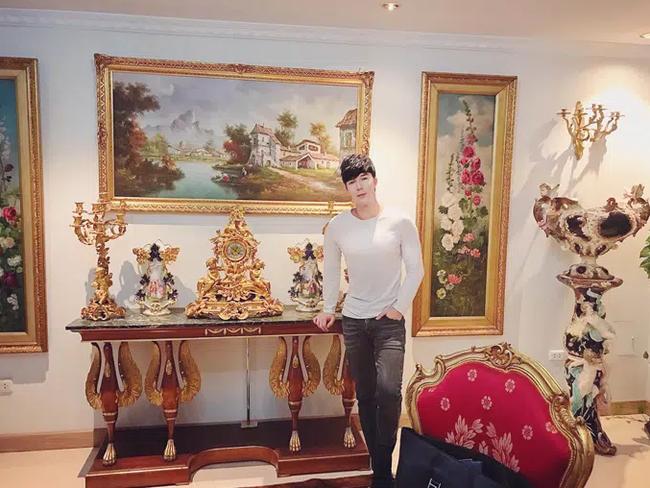 Nathan Lee: Gia thế siêu khủng, sở hữu biệt thự dát vàng 300 tỷ đồng và bất động sản khắp nơi, bảo sao chê Ngọc Trinh không cùng đẳng cấp-4