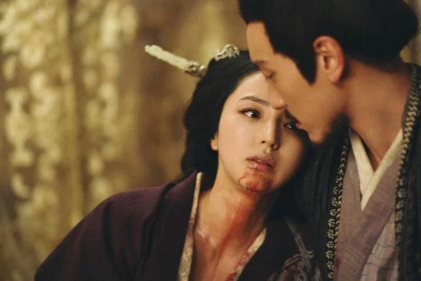Nữ nhân này được Hoàng đế sủng hạnh, 14 tháng hoài thai hạ sinh long chủng liền bị ban chết với lý do khó tin-1