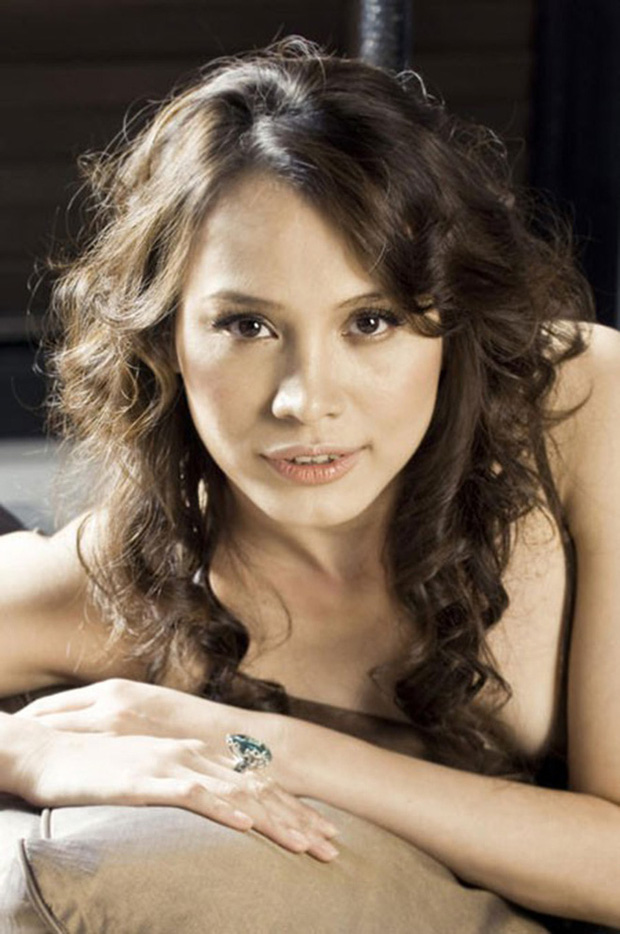 Hoa hậu Việt Nam 1998 Ngọc Khánh: Đầu đầy tóc bạc nhưng nhan sắc lại gây bất ngờ-7