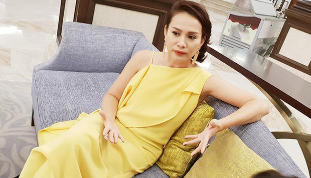 Hoa hậu Việt Nam 1998 Ngọc Khánh: Đầu đầy tóc bạc nhưng nhan sắc lại gây bất ngờ-9
