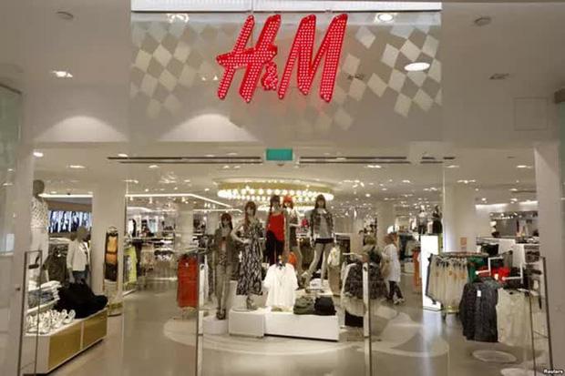 Cộng đồng mạng Việt Nam kêu gọi tẩy chay H&M vì bản đồ có đường lưỡi bò-2