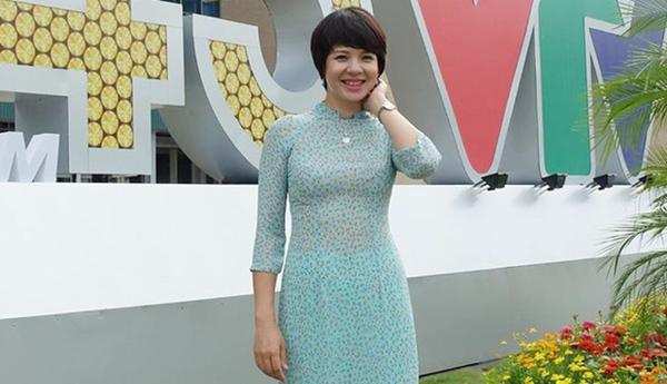 MC Diễm Quỳnh lần đầu tiết lộ lý do từ chối làm việc ở Bộ Ngoại giao để vào VTV-4