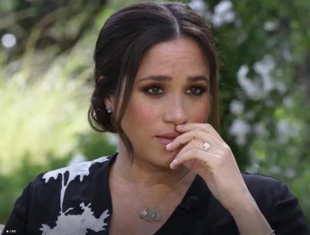 Meghan Markle lại muối mặt khi bị bạn thân của Công nương Diana bóc mẽ chuyện nói dối trong cuộc phỏng vấn-1