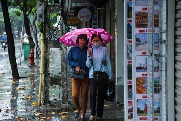 Dự báo thời tiết 4/4: Bắc Bộ có mưa dông-1