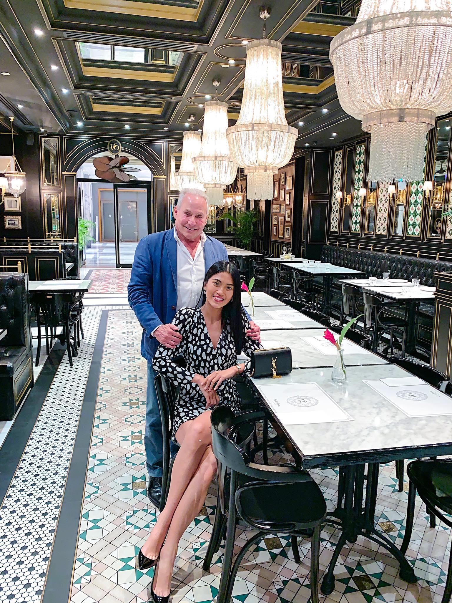 Cô gái Việt 26 tuổi tuyên bố chia tay tỷ phú Mỹ 72 tuổi dù đã đính hôn ở khách sạn 6 sao: Quyết chấm dứt vì lý do không tin nổi-6