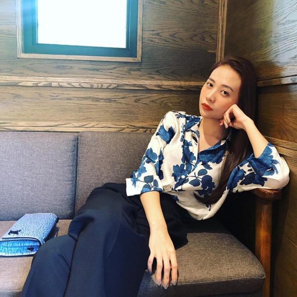 Mùa hè học sao Việt cách phối đồ sắc xanh mát lịm tim, phụ kiện đi kèm cũng là thứ nàng công sở không nên bỏ qua-9
