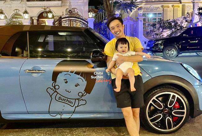 Đàm Thu Trang khoe cặp má bánh bao cực yêu của con gái, một chi tiết đã tiết lộ cuộc sống đáng mơ ước của tiểu thư nhà đại gia phố núi-2