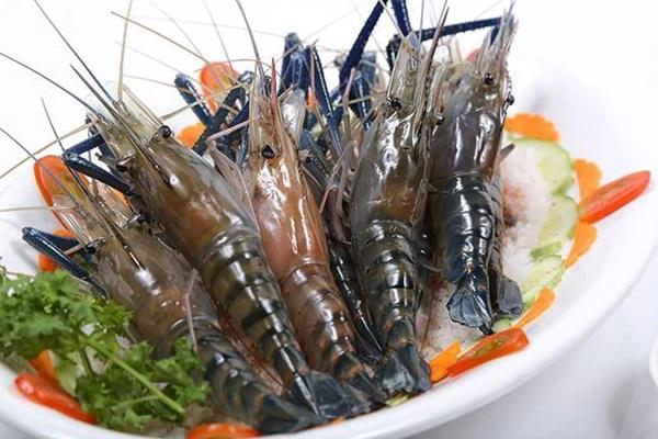 Chuyên gia thực phẩm khuyến cáo: Khi ăn tôm, dù ngon mấy cũng phải bỏ ngay các bộ phận này-1