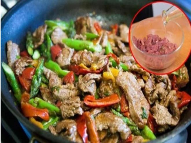 Mẹo hay khi xào thịt bò nhớ bỏ túi ngay, đảm bảo thịt thơm mềm lại gấp đôi dinh dưỡng-1