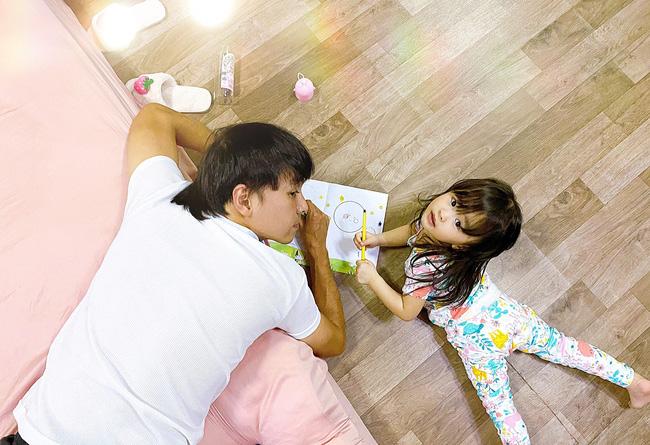 Tú Vi - Văn Anh khoe ảnh con gái tròn 3 tuổi xinh như thiên thần, tiết lộ sẽ cho con học một thứ đặc biệt khi vào lớp 1-6