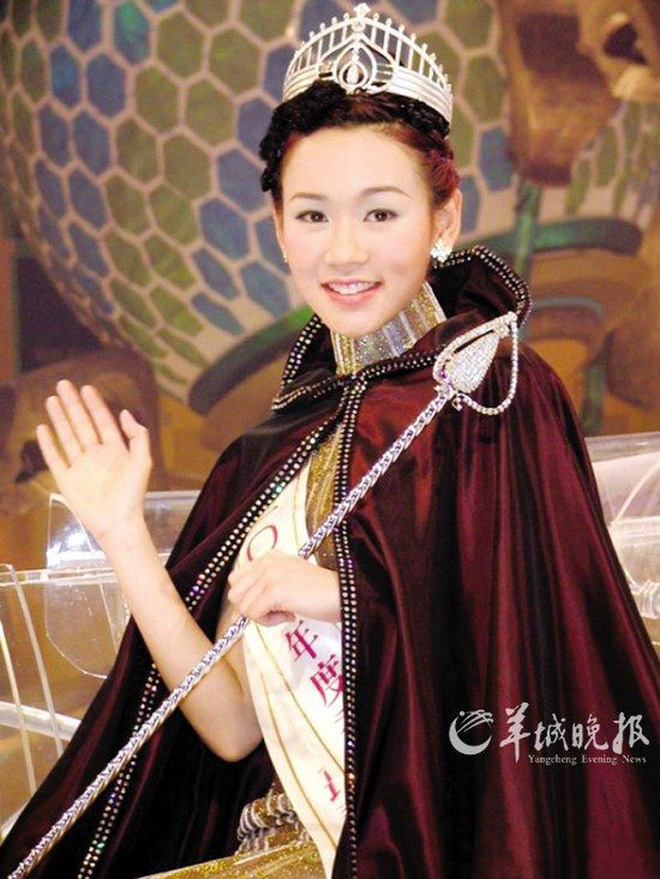 Hoa hậu Hong Kong tuột dốc vì chửa hoang, phải bán bia kiếm sống, nói dối cưới được đại gia-1