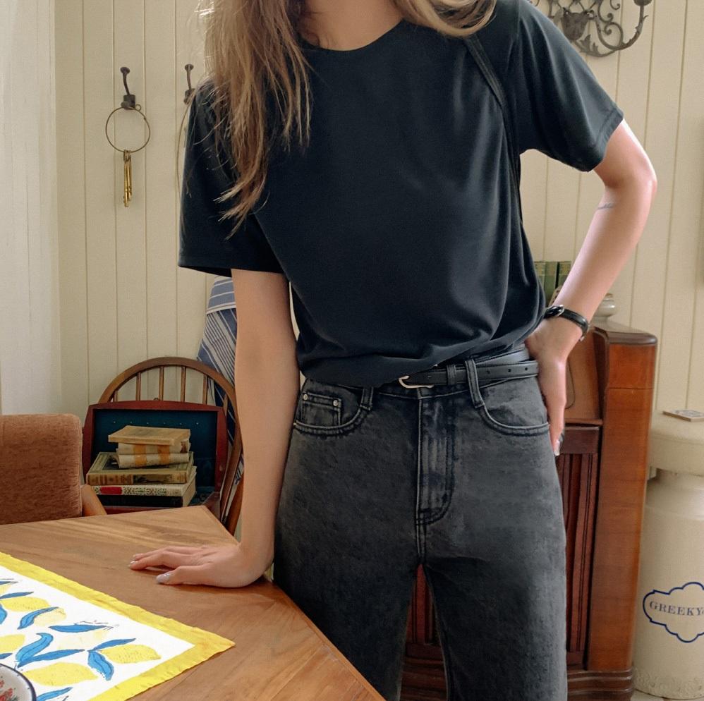 Mùa Hè dễ lộ dáng kém thon, chị em sắm ngay 4 kiểu áo đã xinh còn giúp người diện như gầy đi 5kg-12