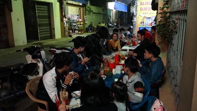 Quán phở 5000 đồng: 16 năm không tăng giá, ngày bán 500 bát ở Nam Định-4