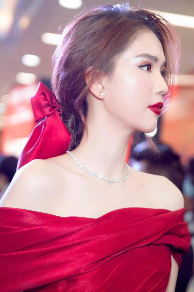 Thập kỷ lột xác của Ngọc Trinh: Người mẫu bị chê khi đi thi Hoa hậu giờ hóa nữ hoàng nội y, 16 năm chỉ thừa nhận sửa 1 chỗ-31