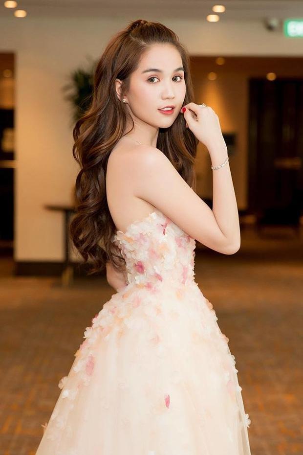 Thập kỷ lột xác của Ngọc Trinh: Người mẫu bị chê khi đi thi Hoa hậu giờ hóa nữ hoàng nội y, 16 năm chỉ thừa nhận sửa 1 chỗ-18