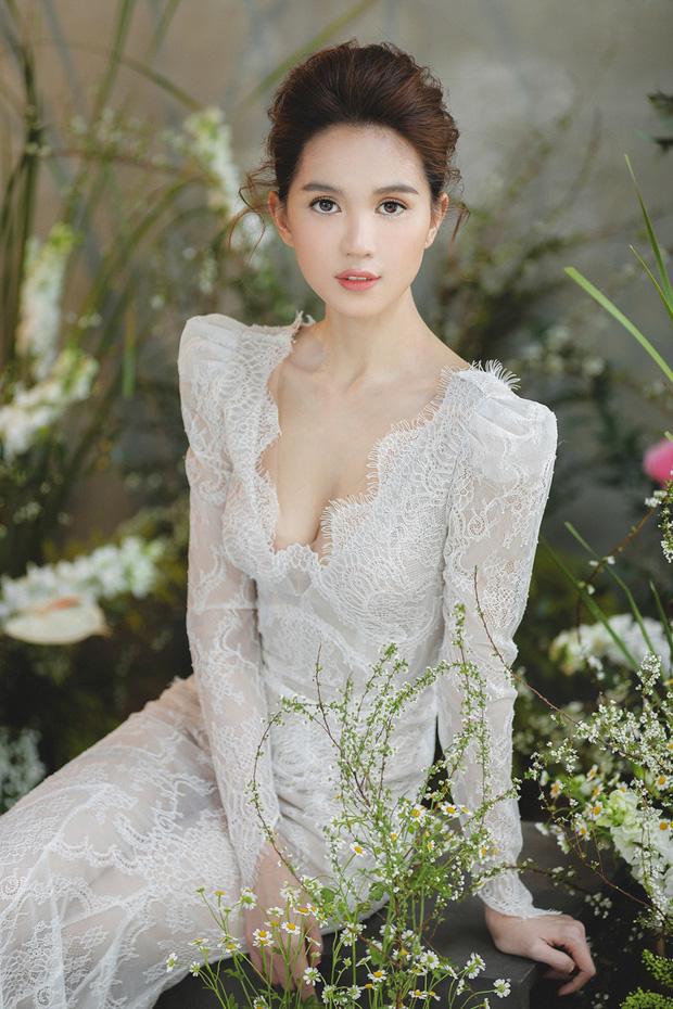 Thập kỷ lột xác của Ngọc Trinh: Người mẫu bị chê khi đi thi Hoa hậu giờ hóa nữ hoàng nội y, 16 năm chỉ thừa nhận sửa 1 chỗ-29