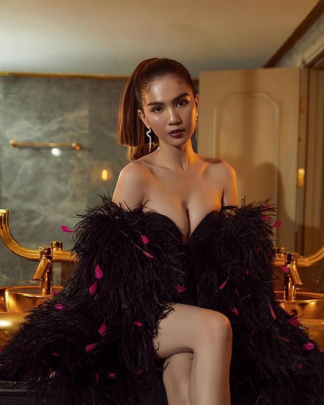 Thập kỷ lột xác của Ngọc Trinh: Người mẫu bị chê khi đi thi Hoa hậu giờ hóa nữ hoàng nội y, 16 năm chỉ thừa nhận sửa 1 chỗ-33