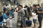 Cháy vé máy bay dịp 30/4 - 1/5, khách đổ xô tới các điểm du lịch-2