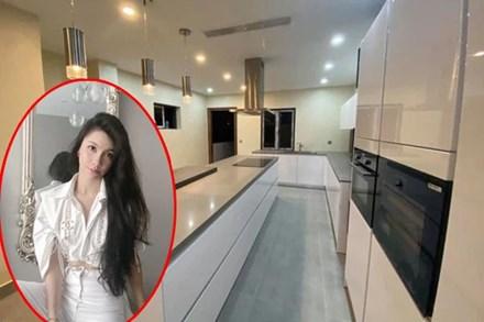 Nữ MC lùm xùm bậc nhất VTV ở nhà mặt phố sang chảnh, phòng riêng xịn như khách sạn 5 sao