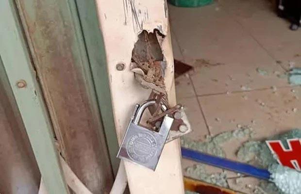 Khóa trái cửa, đổ xăng đốt tiệm cắt tóc nhằm sát hại cả nhà người yêu-2