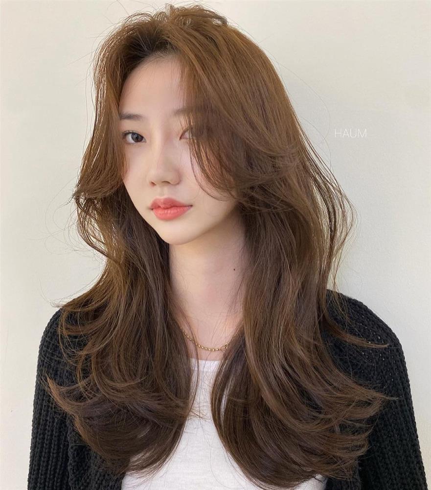 5 kiểu tóc mái siêu nhẹ mát cho mùa Hè, cam đoan là cắt xong nhan sắc sẽ xinh tươi và sang chảnh hơn bội phần-10