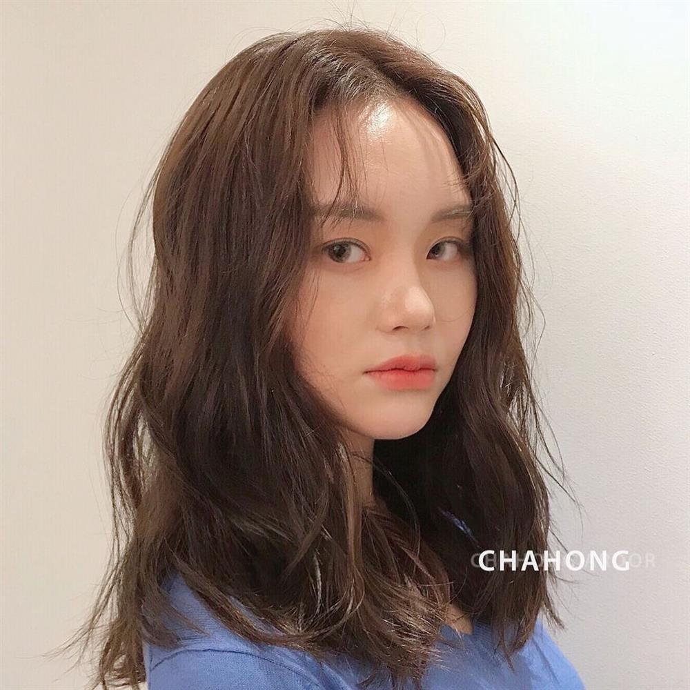5 kiểu tóc mái siêu nhẹ mát cho mùa Hè, cam đoan là cắt xong nhan sắc sẽ xinh tươi và sang chảnh hơn bội phần-2