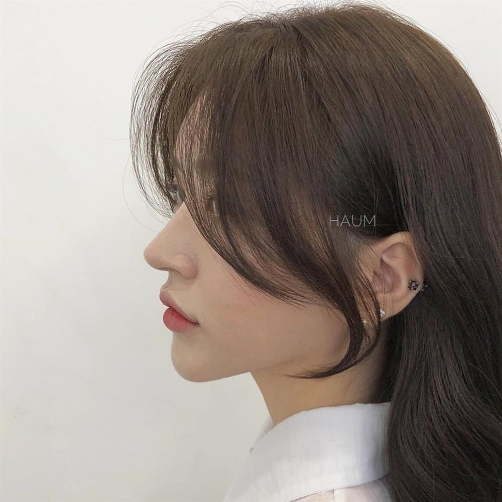5 kiểu tóc mái siêu nhẹ mát cho mùa Hè, cam đoan là cắt xong nhan sắc sẽ xinh tươi và sang chảnh hơn bội phần-7