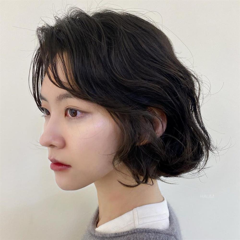 5 kiểu tóc mái siêu nhẹ mát cho mùa Hè, cam đoan là cắt xong nhan sắc sẽ xinh tươi và sang chảnh hơn bội phần-20