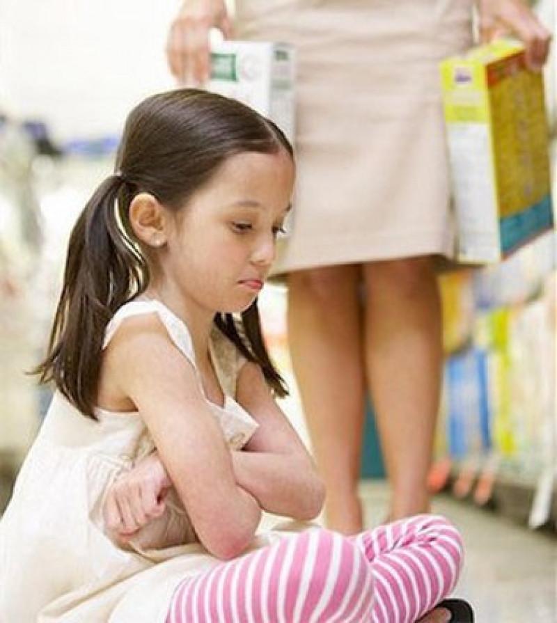 Trẻ mắc lỗi nhưng không chịu nhận lỗi? 5 gợi ý hữu ích cho cha mẹ để giúp trẻ nhận biết sai lầm, biết xin lỗi và sửa sai-2