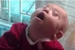 Được mẹ chồng chỉ cách dỗ con nín trong một nốt nhạc, bà mẹ gục ngã nghe thông báo con trai 8 tháng bị bại não-4