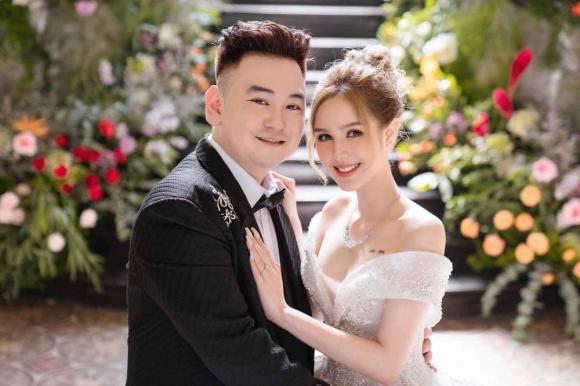Xoài Non tiết lộ lý do vẫn xài đồ chợ dù lấy chồng là streamer giàu nhất Việt Nam-1