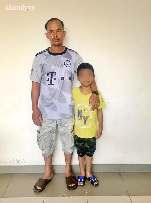 Người cha nghèo ở Bình Thuận hiến thận cứu con trai 9 tuổi nguy kịch, chi phí ghép được hỗ trợ toàn bộ-1
