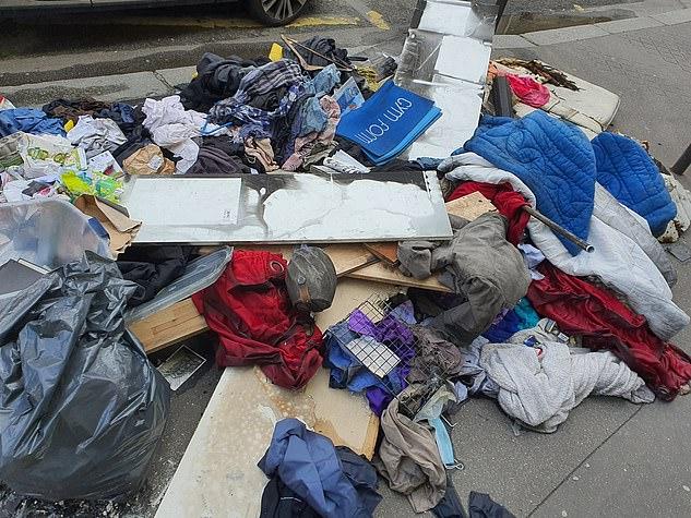 Những hình ảnh gây sốc cho thấy thành phố Paris hoa lệ ngập trong rác khiến cộng đồng mạng thất vọng tràn trề, chuyện gì đang xảy ra?-3