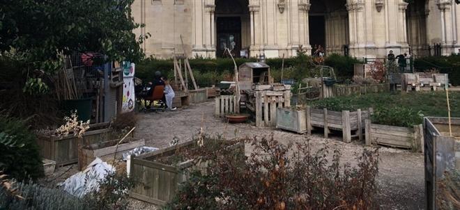 Những hình ảnh gây sốc cho thấy thành phố Paris hoa lệ ngập trong rác khiến cộng đồng mạng thất vọng tràn trề, chuyện gì đang xảy ra?-7