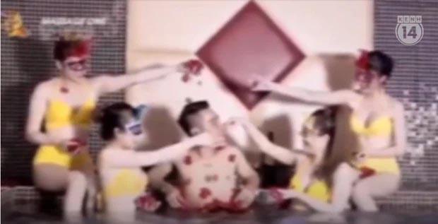 Thâm nhập thế giới massage sung sướng ở Hà Nội: Từ loạt clip nóng bỏng tràn lan trên internet với lời quảng cáo thư giãn đích thực -2