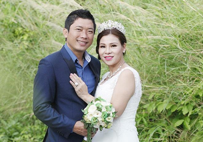 Vợ diễn viên Kinh Quốc vừa bị bắt: Là đại gia có tiếng, tặng chồng xe hơi 6 tỷ đồng-2