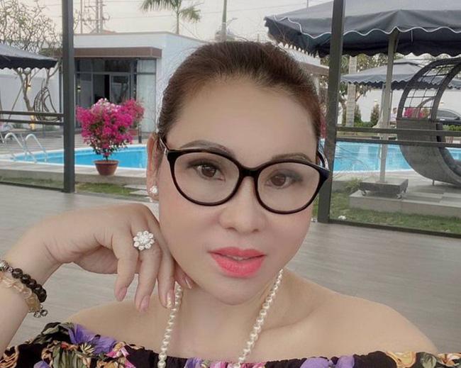 Bắt nữ đại gia Vũng Tàu - vợ diễn viên nổi tiếng cho ông chủ biệt thự dát vàng Thiện Soi vay tiền-1