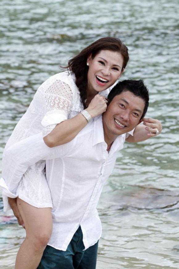 Cuộc sống hôn nhân của diễn viên Kinh Quốc và vợ đại gia: Tính cách khác biệt, hay cãi nhau nhưng rất hạnh phúc-5