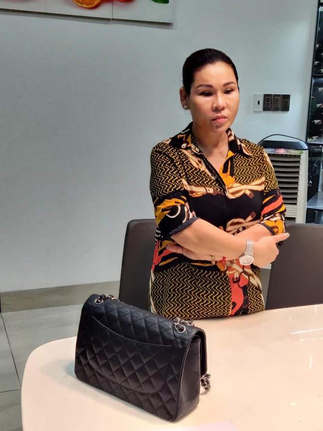 Vợ đại gia bất động sản của diễn viên Kinh Quốc vừa bị bắt giàu có cỡ nào?-1