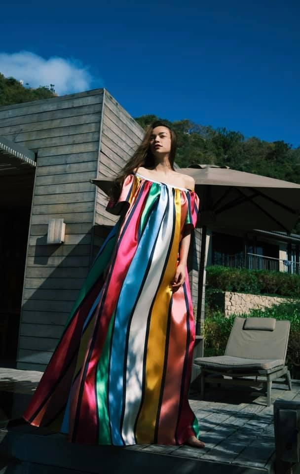 Hà Hồ có cả loạt ảnh sống ảo đỉnh cao nhờ kiểu váy này, chị em muốn học theo cũng cực dễ-4