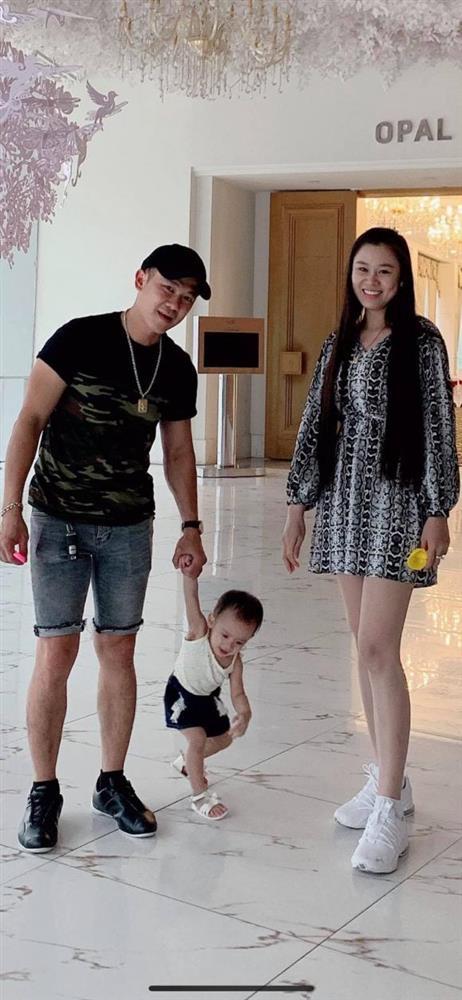 Linh Lan lên tiếng sau khi Phạm Thanh Thảo nghi ngờ bé Helen không phải con của Vân Quang Long-5