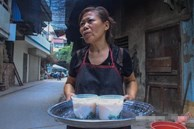 NÓNG: Kiểm tra quán cháo ở Hà Nội bị tố bán hàng kèm 'cả họ nhà giòi', lãnh đạo phường chỉ ra 'điểm bất thường' của miếng sườn gây xôn xao MXH
