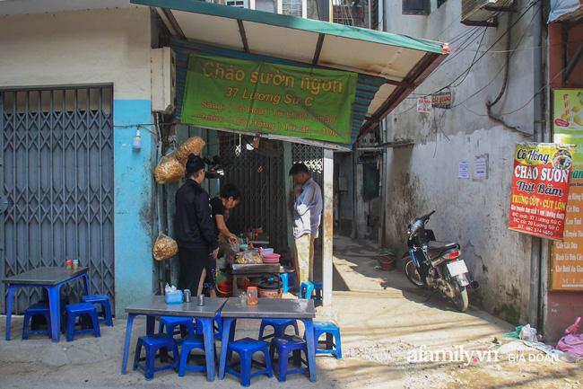 NÓNG: Kiểm tra quán cháo ở Hà Nội bị tố bán hàng kèm cả họ nhà giòi, lãnh đạo phường chỉ ra điểm bất thường của miếng sườn gây xôn xao MXH-1