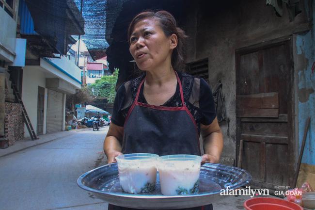 NÓNG: Kiểm tra quán cháo ở Hà Nội bị tố bán hàng kèm cả họ nhà giòi, lãnh đạo phường chỉ ra điểm bất thường của miếng sườn gây xôn xao MXH-3