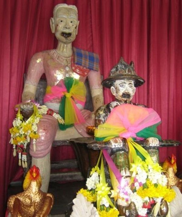 Búp bê Kumanthong: Thứ đồ chơi ma quái trở thành niềm tin mù quáng của nhiều người, chi hàng trăm triệu đổi lấy bào thai sấy khô sặc mùi tàn ác-3
