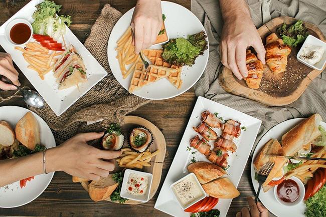 Vì sao nhiều nhà hàng thường tặng bánh mì miễn phí cho khách, biết đáp án sẽ khiến bạn ngã ngửa-2